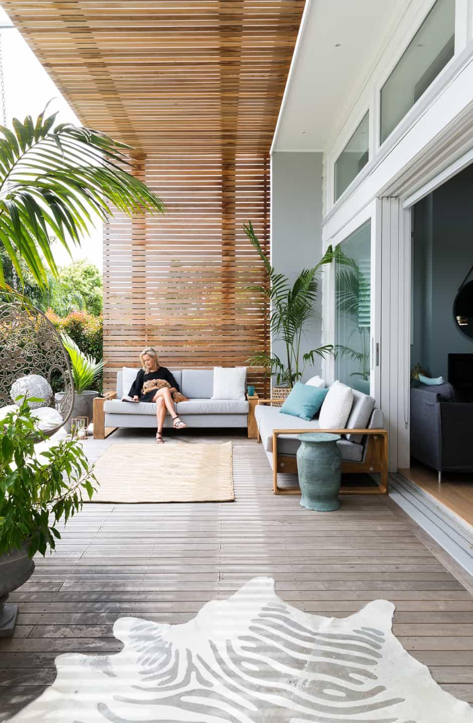 The mt eden villa renovation of nikki willis homestyle - Luces para jardines exteriores ...