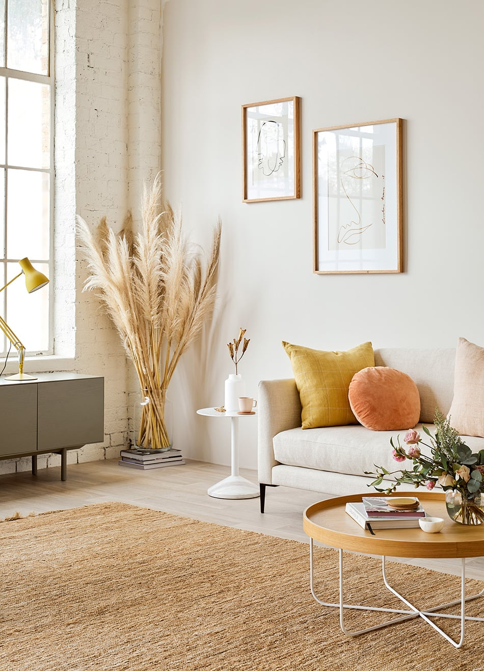 Contemporary living room settings with Citta | homestyle