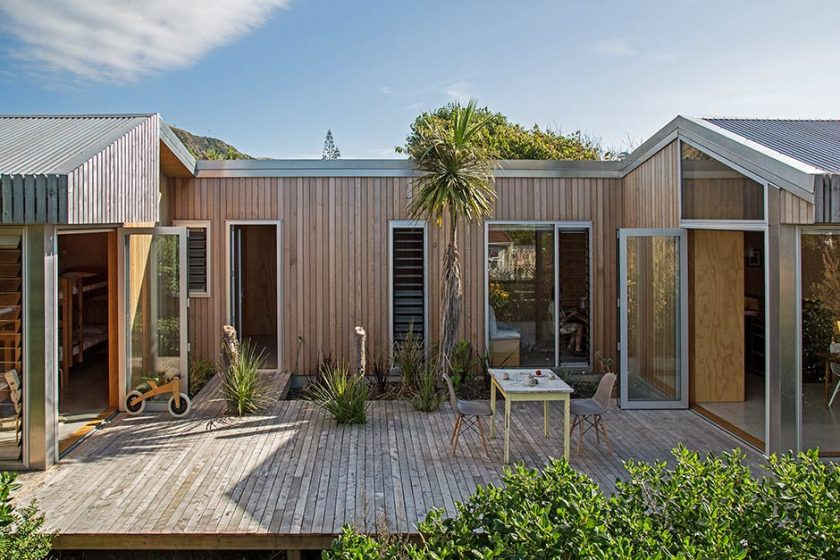 Werry House bach by Bonnifait & Giesen Atelierworkshop Architects is designed for happily ever after